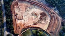 Vista aérea de las obras de la mina de uranio.