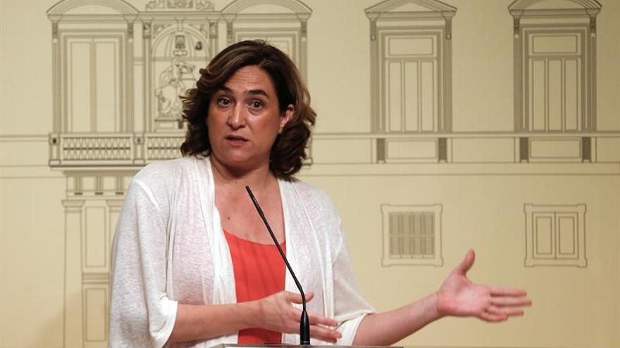 "Colau dice que es ""demasiado tarde"" para ofrecer Algeciras a barco Open Arms"