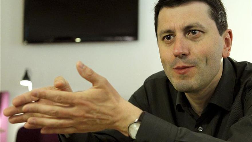 """Frédéric Martel dice que Internet """"nos cambia menos de lo que creemos"""""""