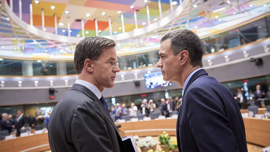From left to right: Mr Mark RUTTE, Dutch Prime Minister; Mr Pedro SANCHEZ, Spanish Prime Minister, el 20 de junio de 2019.