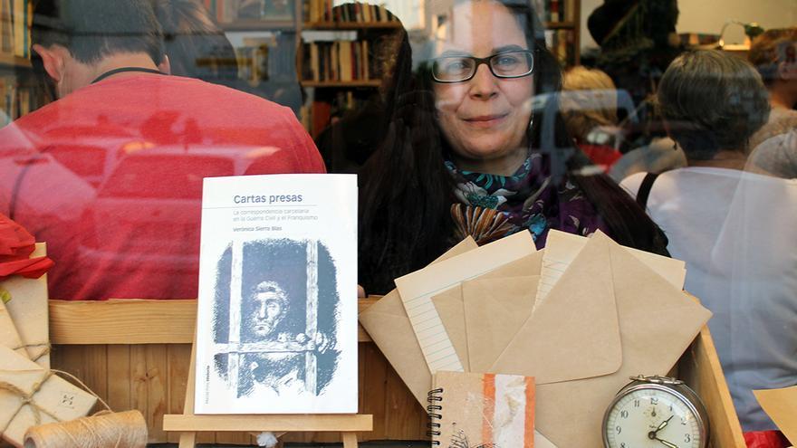 Verónica Sierra, con 'Cartas presas'. | JUAN MIGUEL BAQUERO
