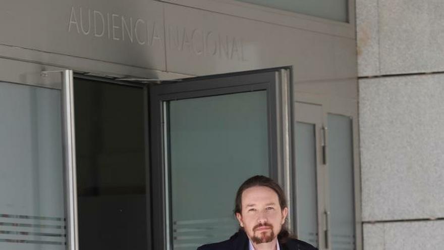 Pablo Iglesias abandona la Audiencia Nacional tras declarar en el caso Villarejo