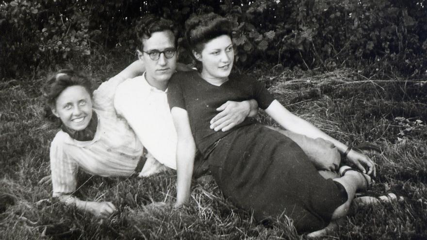 Marcelle Villoutreix, Millán Bielsa y Andrée Brandy.