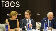 Cospedal, Aznar y Zarzalejos, en la reunión de FAES de este lunes.