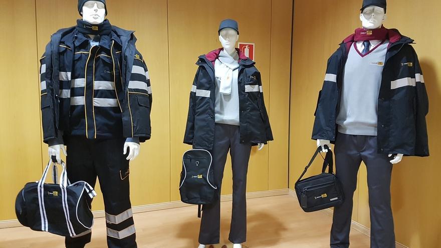 Los trabajadores de Tussam lucirán nuevos uniformes y complementos diseñados por dos estudiantes sevillanas