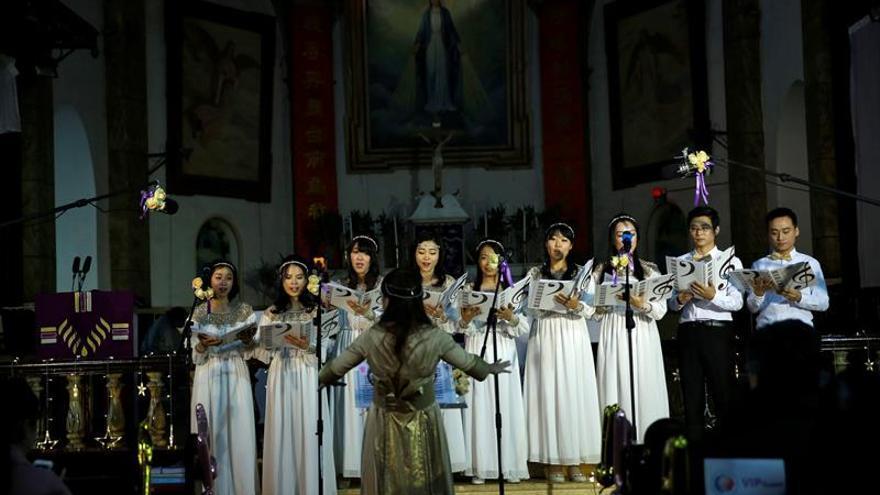 El acuerdo con el que no comulgan todos los católicos chinos
