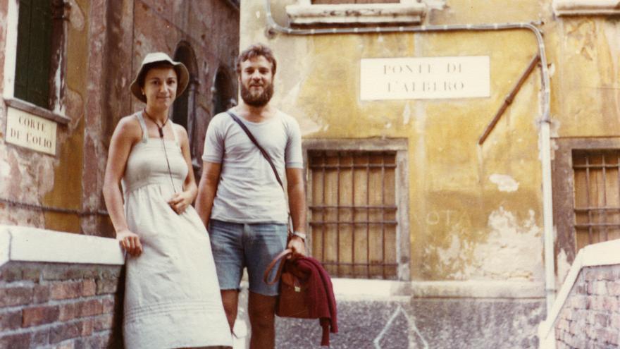 Josefo y su hermana, Carmen Alcazo. Foto cedida por la familia.
