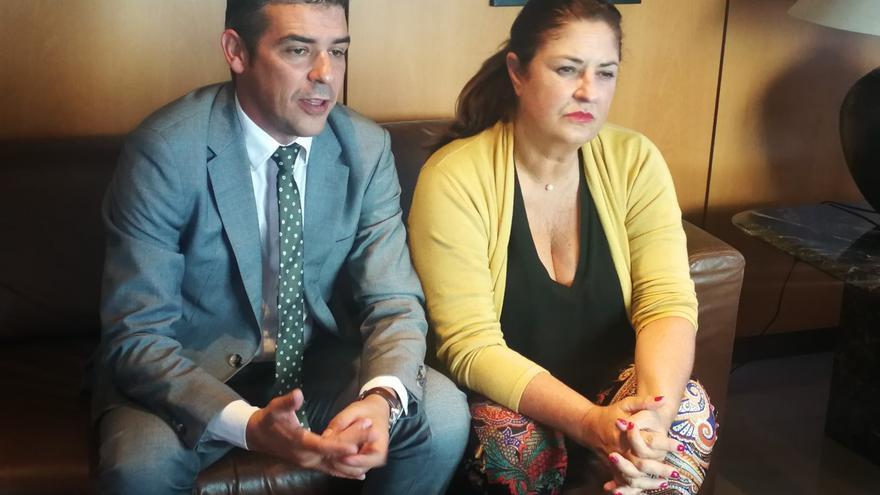 Quintero y Allende visitan  la desaladora de Los Cangrejos, cuyas obras de remodelación supondrán una inversión de 500.000 euros