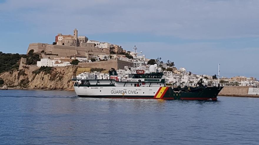 Rescatados 80 migrantes, cinco menores, de dos pateras que navegaban en aguas del Mar de Alborán