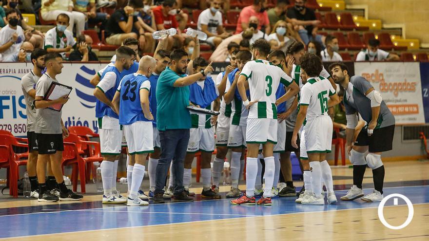 Jugadores del Córdoba Patrimonio en un partido en Vista Alegre
