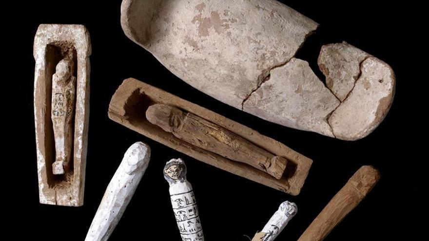 Un equipo español halla una enigmática tumba de un niño de hace 3.550 años en Luxor