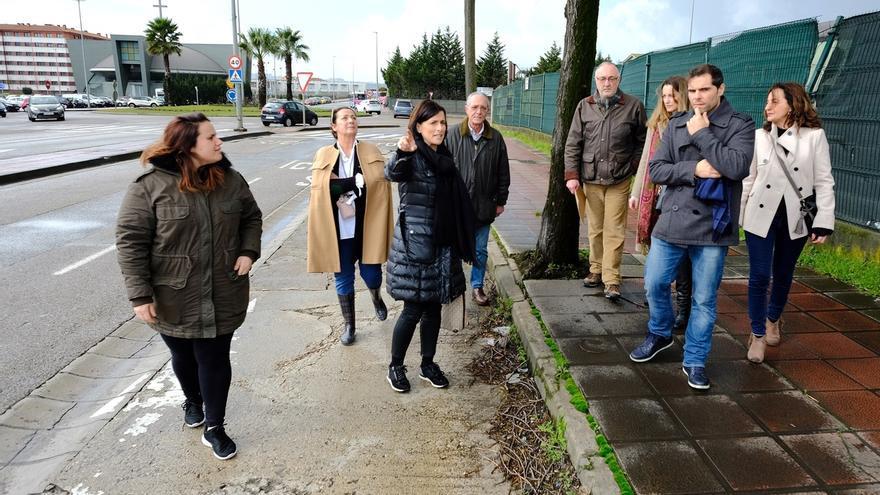 El Ayuntamiento habilitará una nueva zona de aparcamiento en Nueva Montaña, entre GSW y Conforama