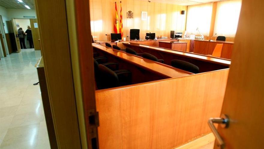 Suspendido el juicio por la estafa de un millón de euros a un banco coruñés