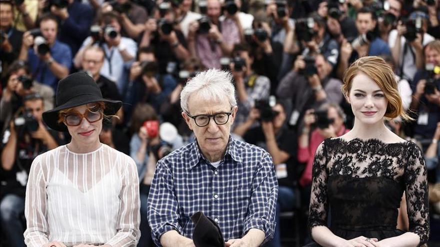 Woody Allen dice que hace películas para distraerse de la realidad de la vida