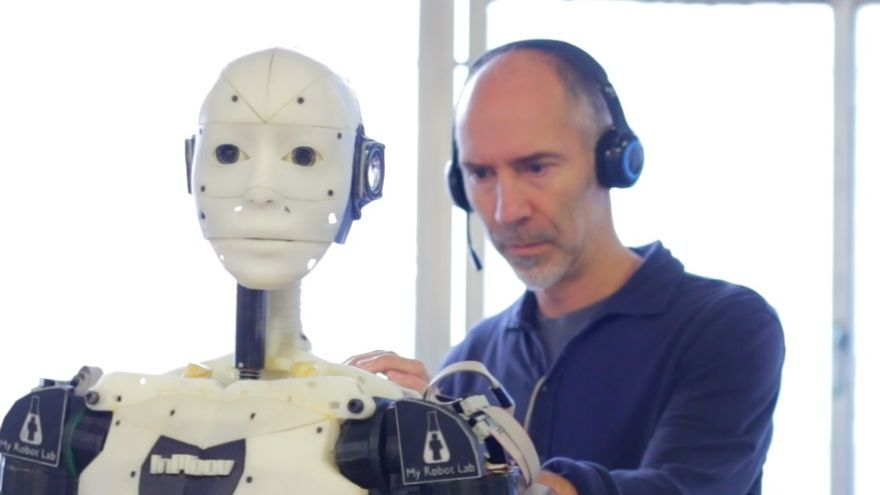 Un robot de la Maker Faire