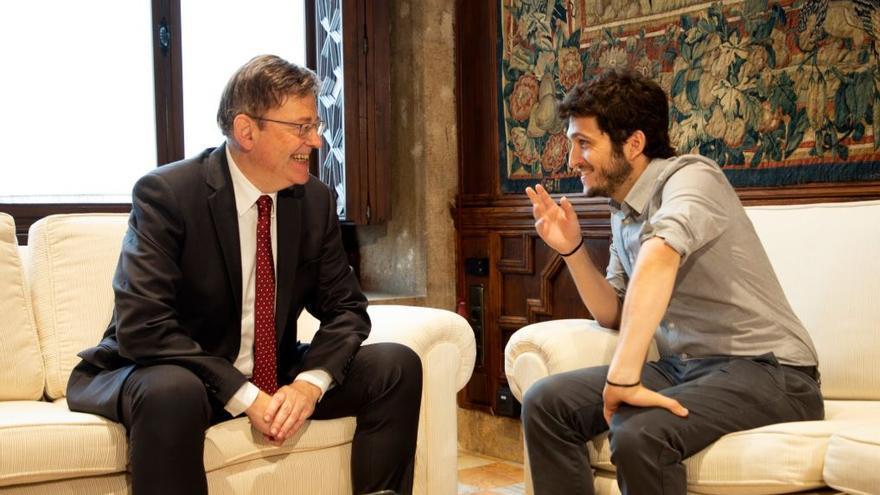 El president de la Generalitat, Ximo Puig, en una reunión con el líder de Podem, Antonio Estañ