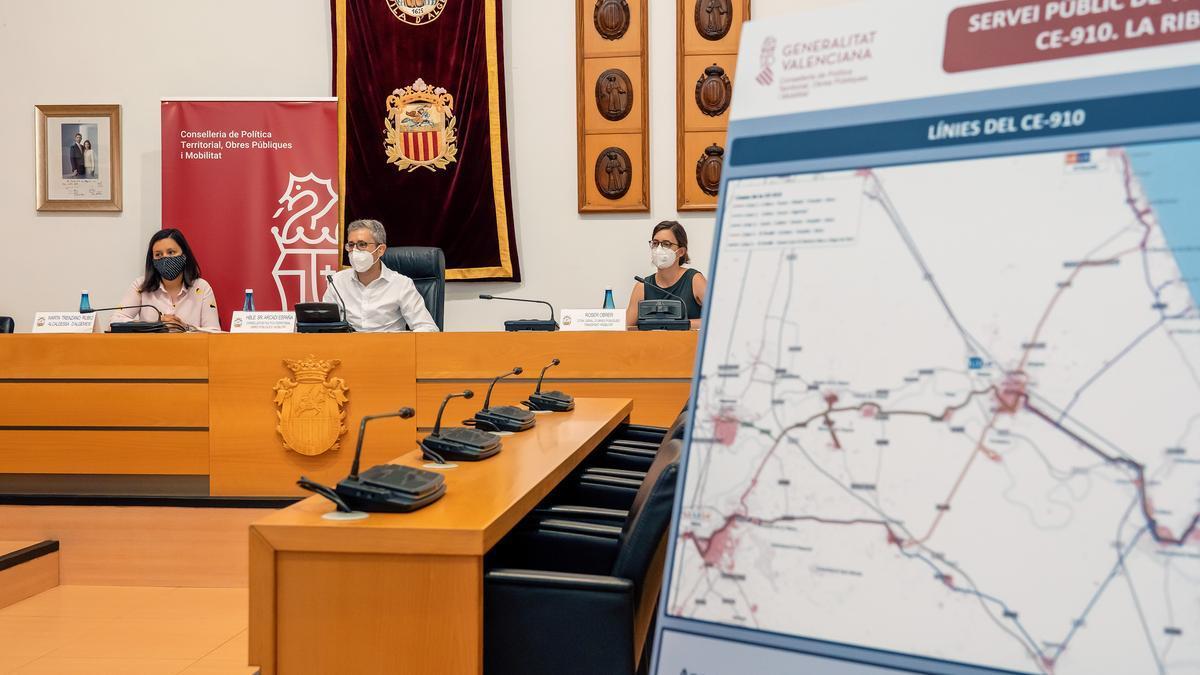 Presentació de la línia a Algemesí.