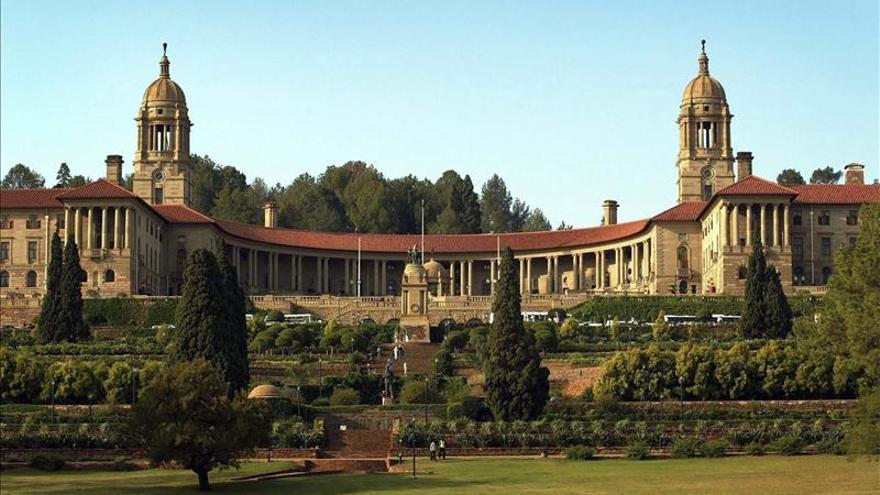 El féretro con los restos de Mandela desfilará por las calles de Pretoria