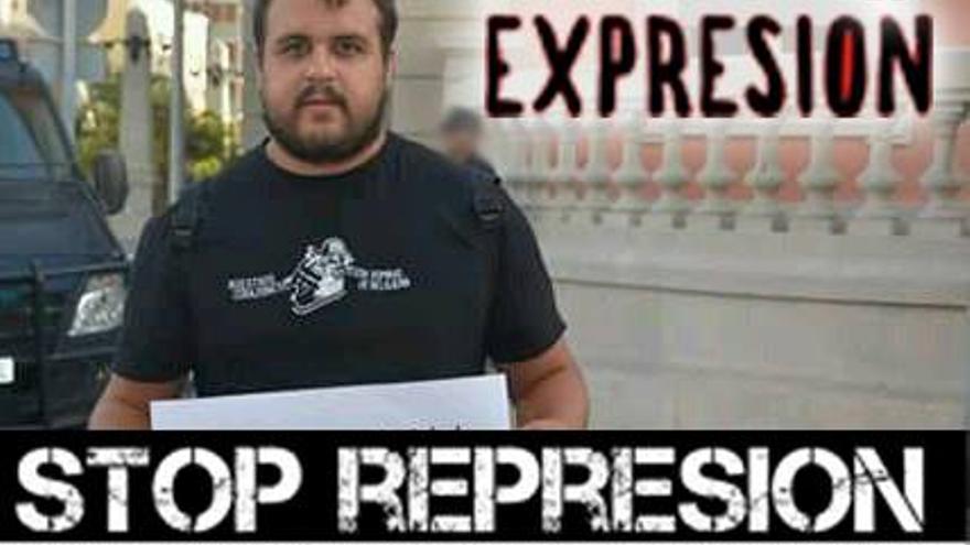 Roberto Mesa, en un montaje de apoyo al detenido que circula por las redes