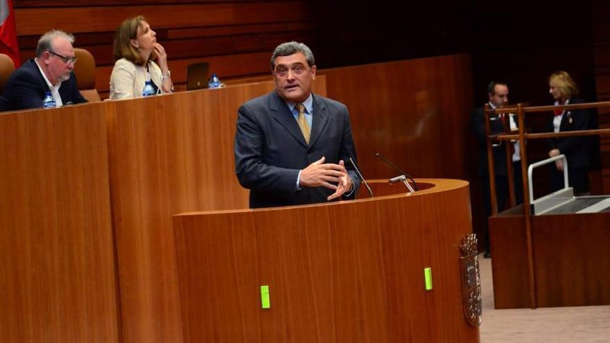 El procurador de Por Ávila en las Cortes de Castilla y León, Pedro José Pascual Muñoz, en una foto del partido.