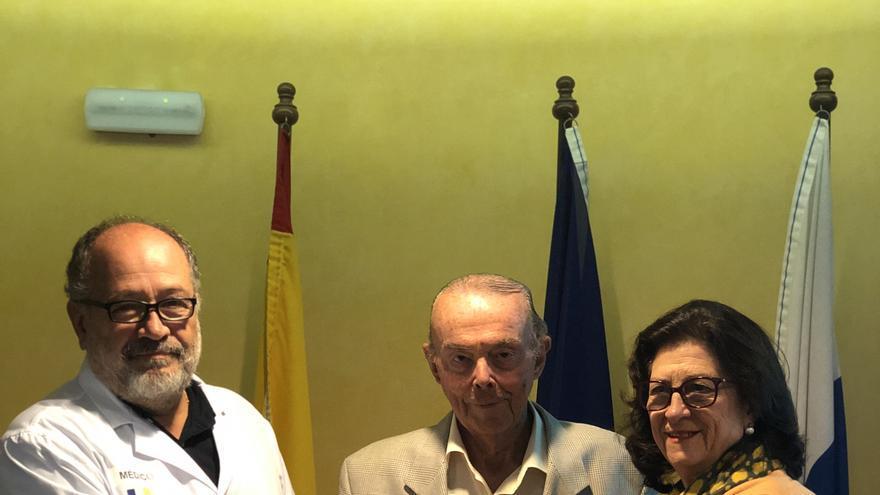 José Izquierdo (i), Juan Julio Fernández y Rosa María Rodríguez.