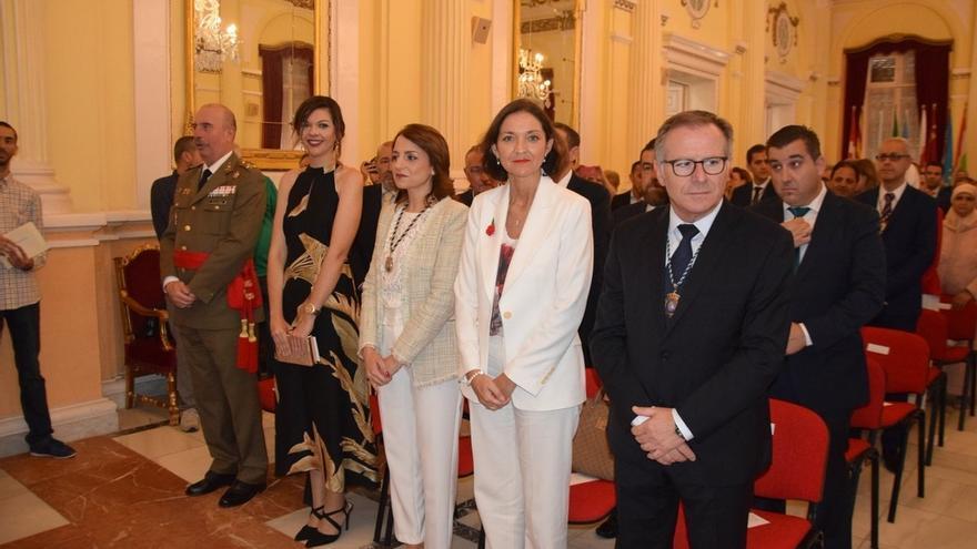 """El nuevo presidente de Melilla dice que descartó """"la vía fácil"""" de PP y Vox porque llevaría la ciudad """"al precipicio"""""""