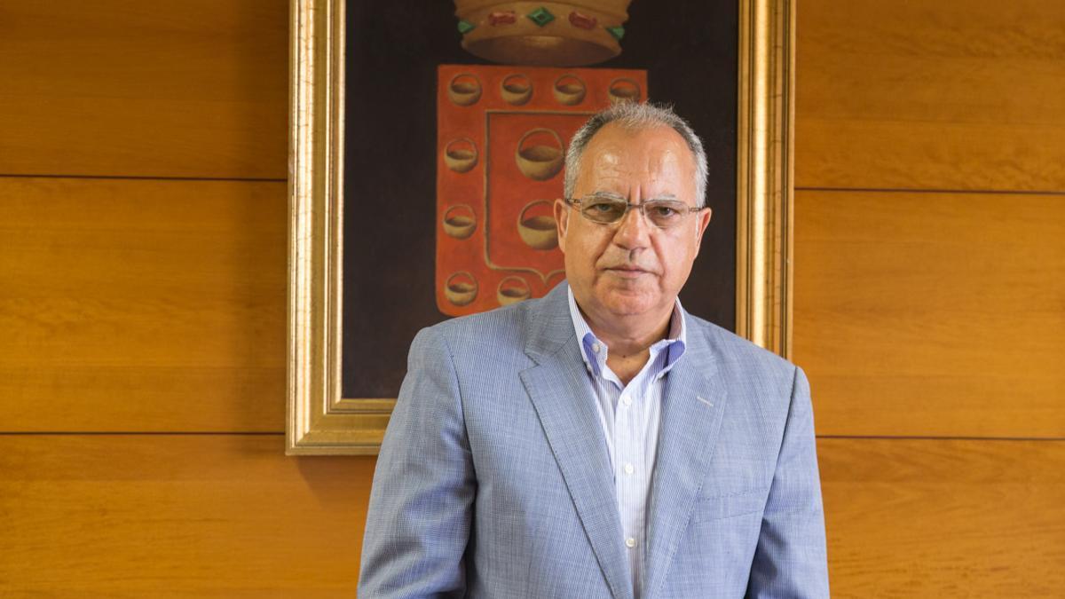 Casimiro Curbelo, presidente del Cabildo de La Gomera y líder de la Agrupación Socialista Gomera (ASG)