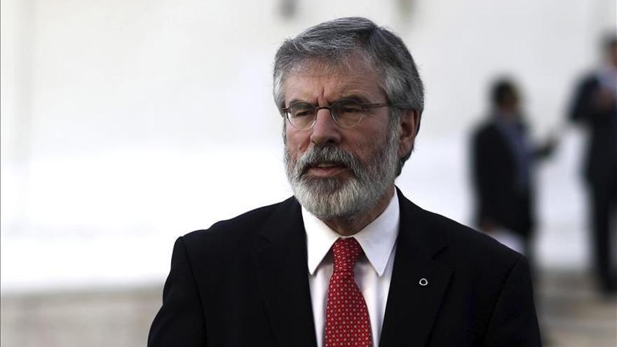 Adams dice que Sinn Féin luchará contra la austeridad de Cameron y unionistas