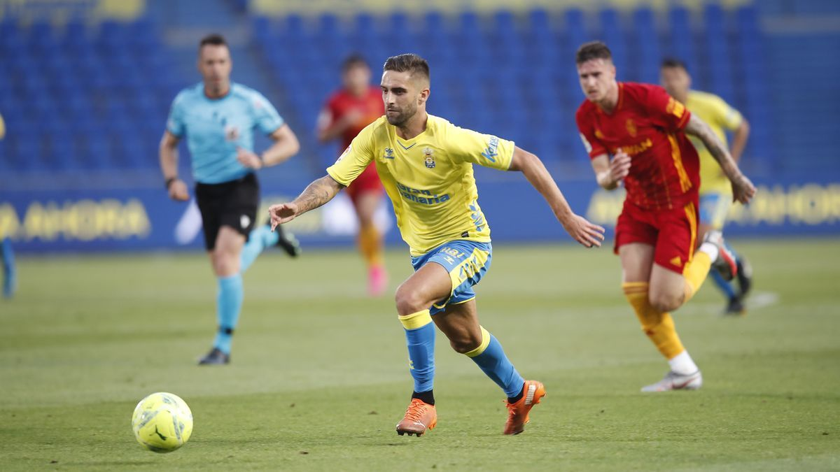 Acción del partido en el Estadio de Gran Canaria