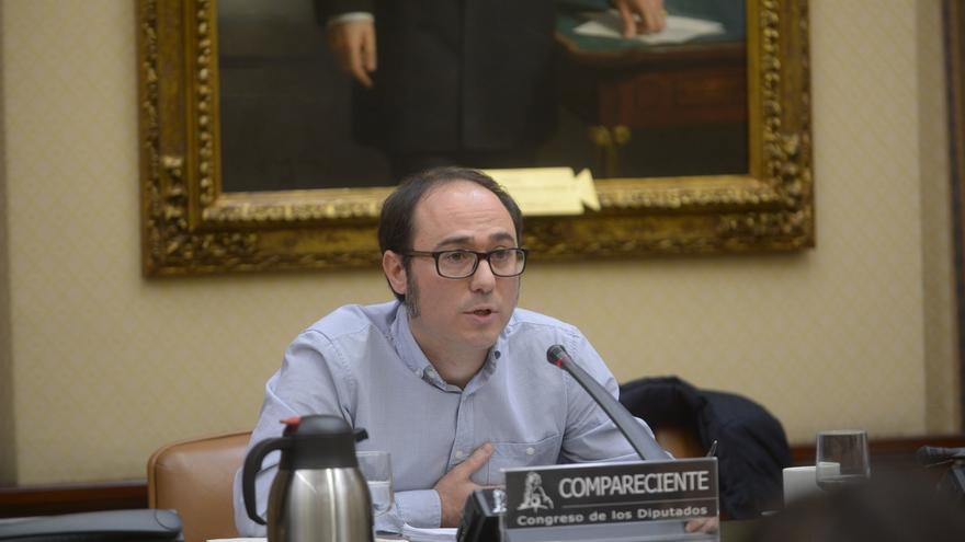 Podemos pide incentivos fiscales para fomentar microdonaciones a partidos y el PP le acusa de querer retorcer la ley