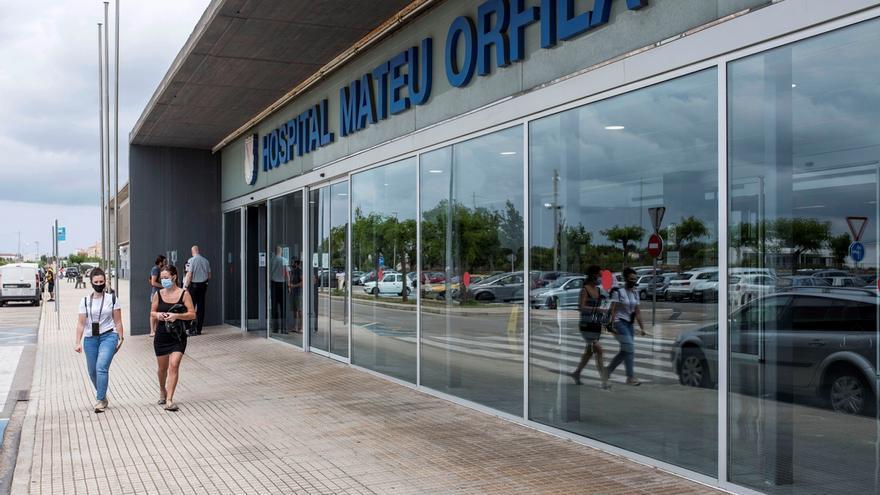 Vista del hospital Mateu Orfila de Mahón.