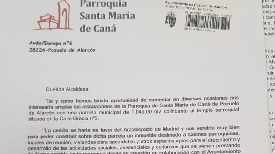 Carta del párroco a la alcaldesa de Pozuelo de Alarcón.