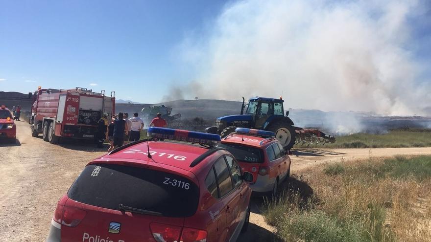 Declarado un incendio en Allo que afecta a cereal y monte bajo