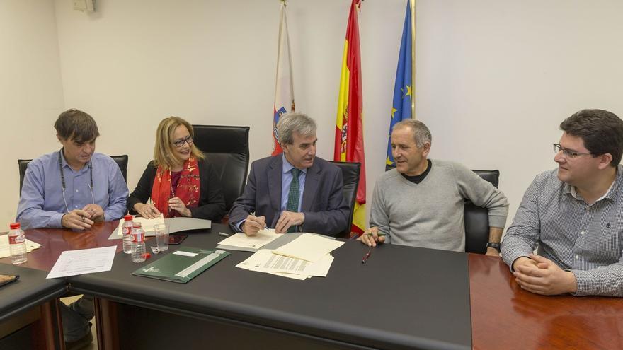 """Aprobado por """"unanimidad"""" el acuerdo que recupera derechos sindicales entre funcionarios del Gobierno regional"""