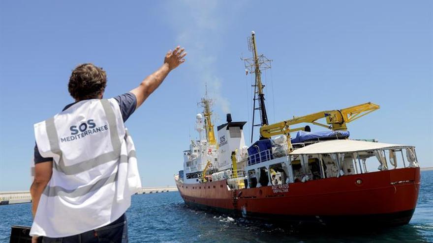 El Aquarius zarpa desde Valencia para seguir con los rescates frente a Libia