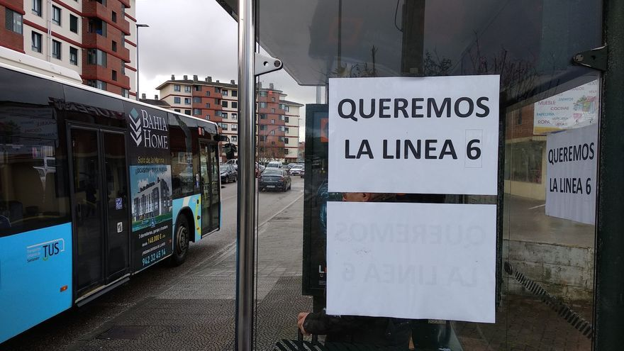 Cartel de protesta por el Metro-TUS en una marquesina | CCOO