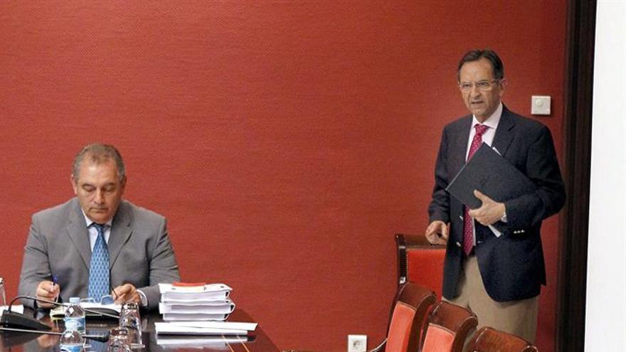 Antonio Castro, presidente del Parlamento de Canarias