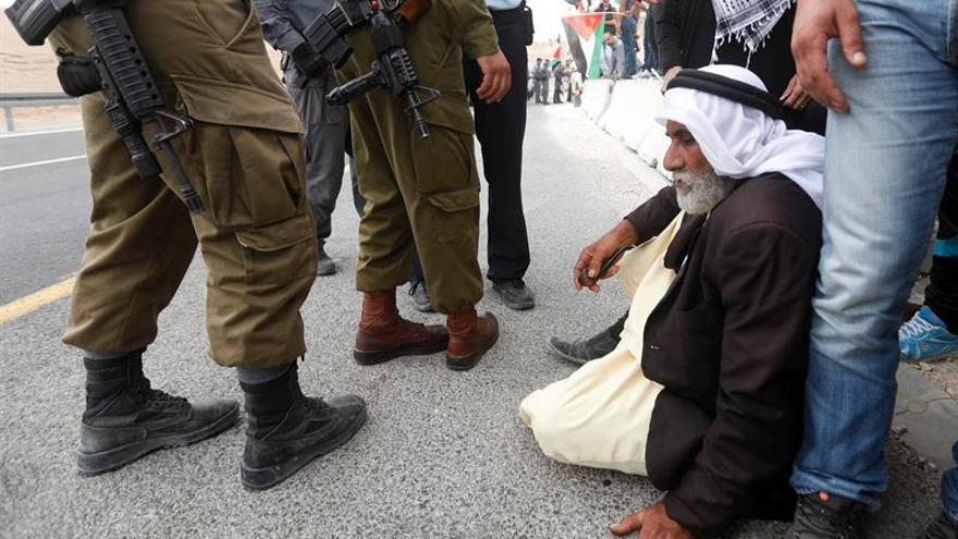 Cinco palestinos muertos por los disparos de los soldados israelíes en Gaza