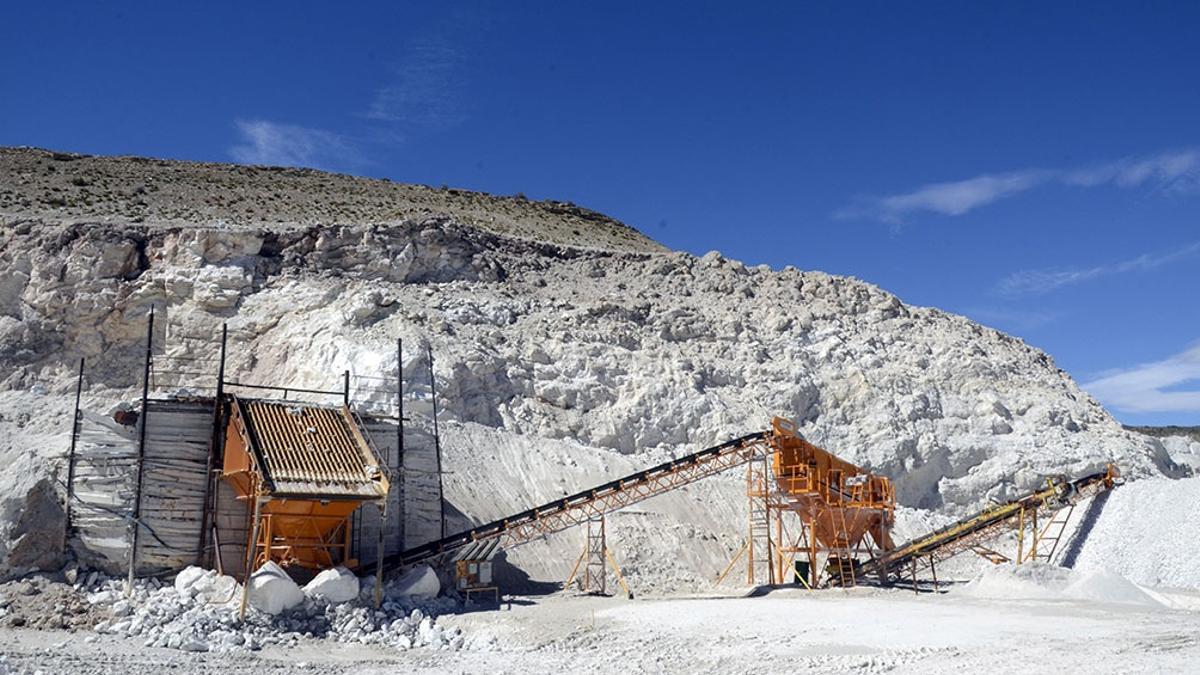 Continúa en Chubut el conflicto en torno a la megaminería