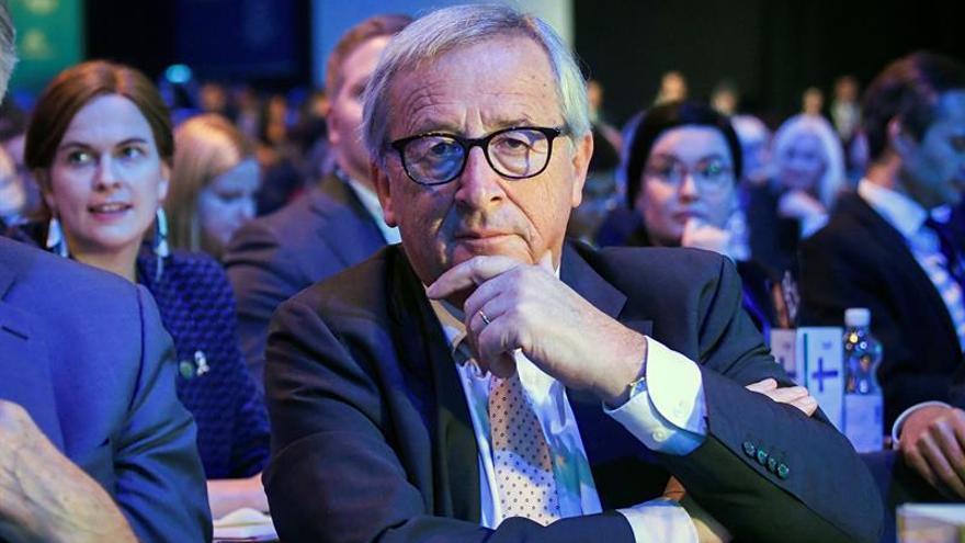 La UE se reafirma en excluir la agricultura del pacto comercial con EEUU