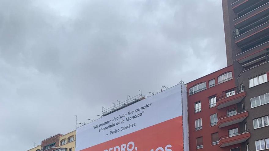 La lona que Ciudadanos ha colocado en Madrid.