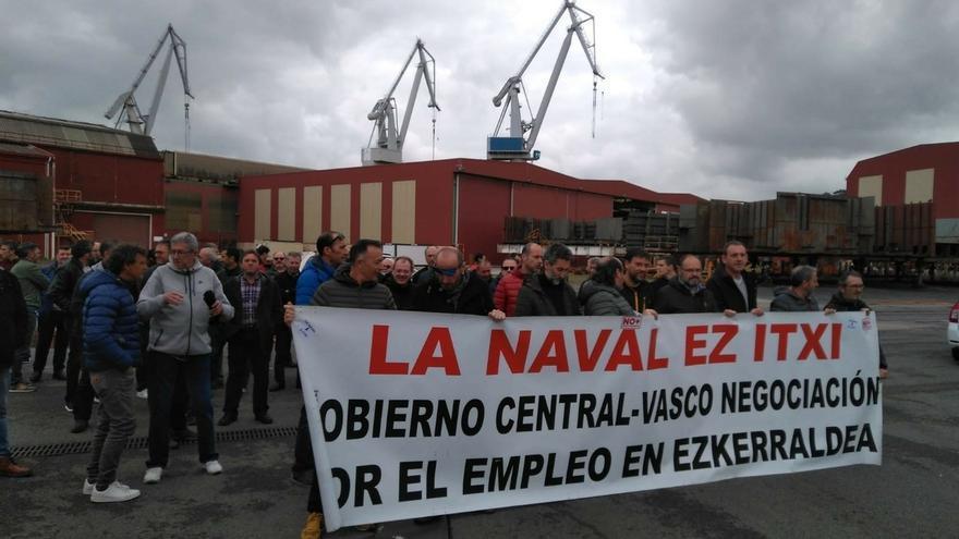 Los trabajadores de La Naval convocan nuevas movilizacion y CC.OO. anuncia que también recurrirá los despidos