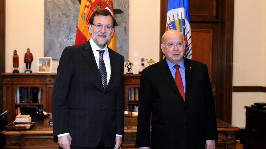 Rajoy explica al secretario general de la Organización de los Estados Americanos la recuperación económica en España