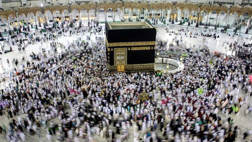 El gobierno saudí asegura que los cataríes pueden peregrinar a La Meca este año