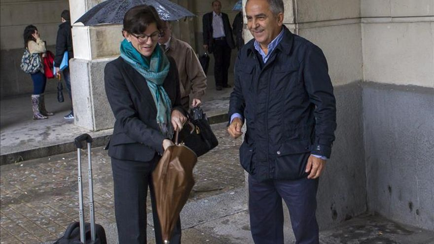 El juez imputa cohecho a la alcaldesa de Bormujos y la cita el 7 de marzo