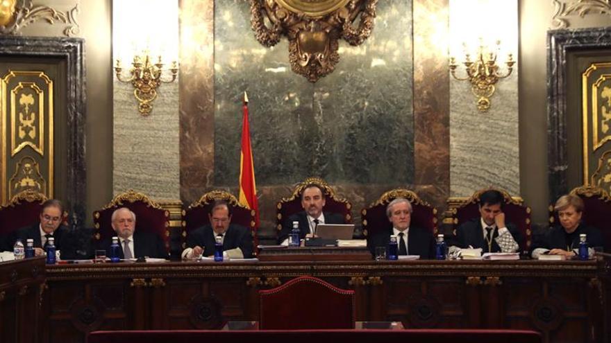 """El Supremo juzgará el """"procés"""" pero envía la causa a Cataluña para 6 acusados"""