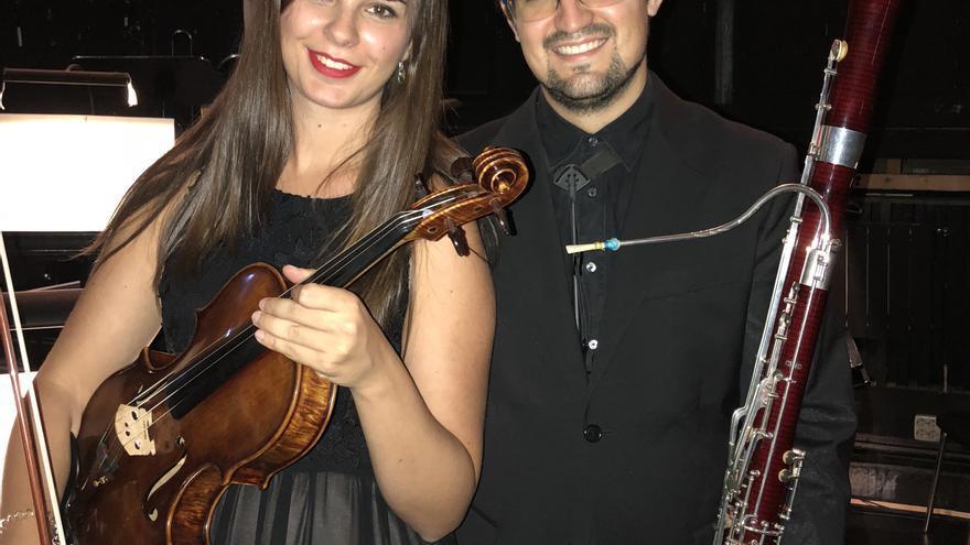 Elena Mederos a la viola y Alberto Díaz al fagot.