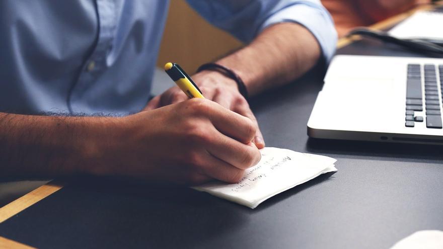 Escribir y publicar una novela en Twitter es un proceso que puede llevar varios años (Imagen: Pixabay)