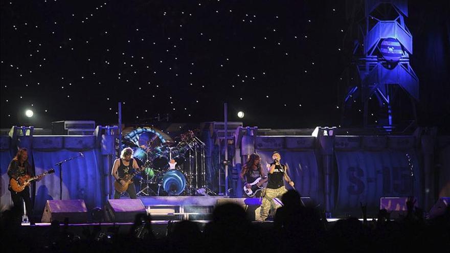 Iron Maiden abre su gira en Europa descargando toneladas de energía en BEC