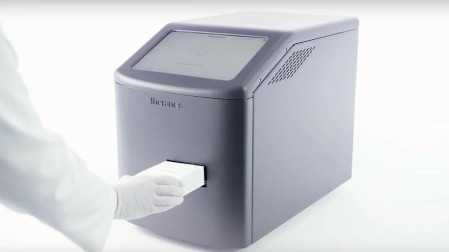El Edison, la máquina con la que Theranos pretendía revolucionar la extracción y análisis de sangre